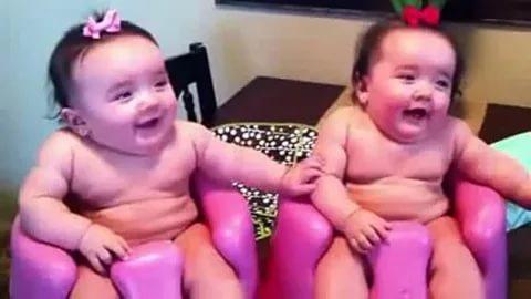 بالصور فديوهات مضحكة , اجمل مشاهد الاطفال المضحكة 2839