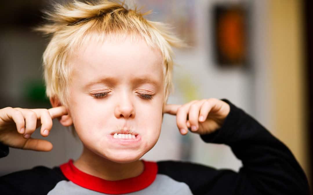 صور التعامل مع الطفل العنيد , الطريقه المثاليه لتربيه الطفل العنيد