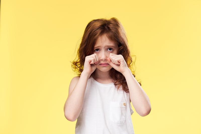 صوره طفلة تبكي , صور اطفال حزينه مؤثره