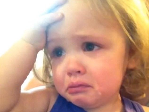 بالصور طفلة تبكي , صور اطفال حزينه مؤثره 781 11