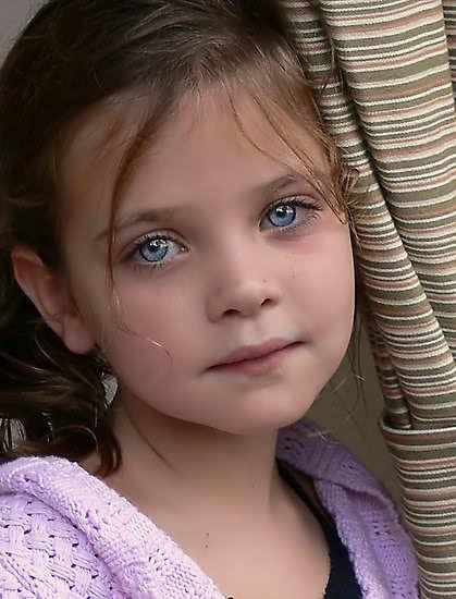 بالصور طفلة تبكي , صور اطفال حزينه مؤثره 781 7