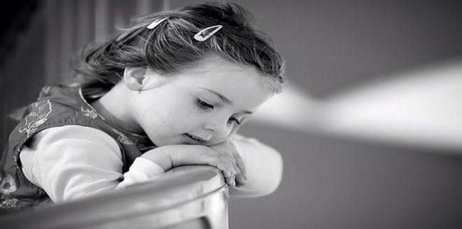 بالصور طفلة تبكي , صور اطفال حزينه مؤثره 781 8