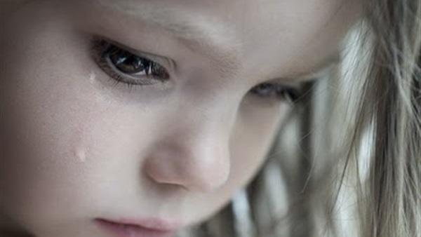 بالصور طفلة تبكي , صور اطفال حزينه مؤثره 781 9