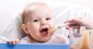 صور تغذية الطفل , التغذية الصحيحه للطفل فى السنه الاولى