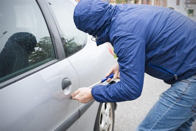 بالصور تفسير حلم سرقة السيارة , ماهو تفسير سرقه سياره فى المنام 994