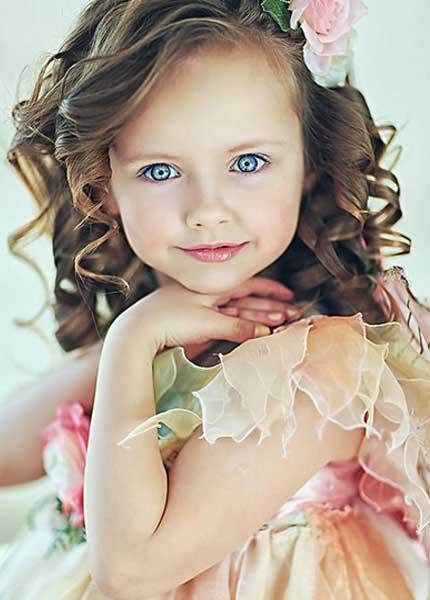 بالصور صور بنات بتضحك , اجمل صور دلع وضحك بنات صغيرة 1409 4