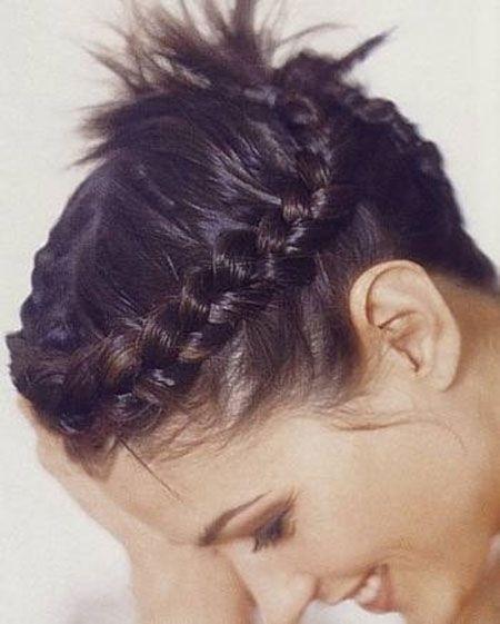 بالصور اجمل تسريحات الشعر القصير , اجمل تسريحات لكل مراة ذات شعر قصير 1410 8