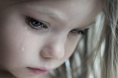 بالصور صور حزينه بنات , خلفيات معبره عن الاحزان بكل فتاة 1478 9