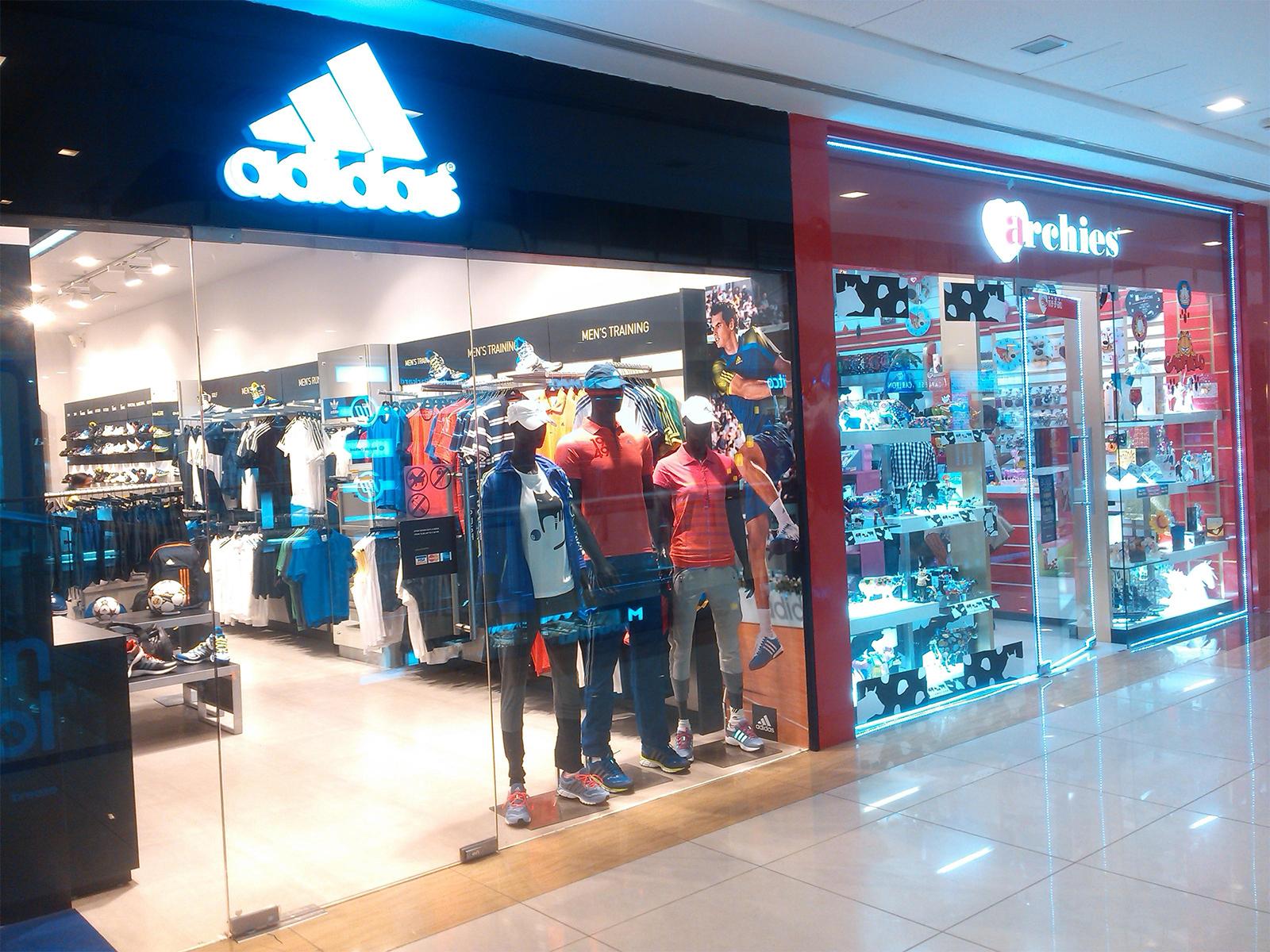 بالصور محلات ملابس , اجدد اماكن لبيع الملابس 3274 5