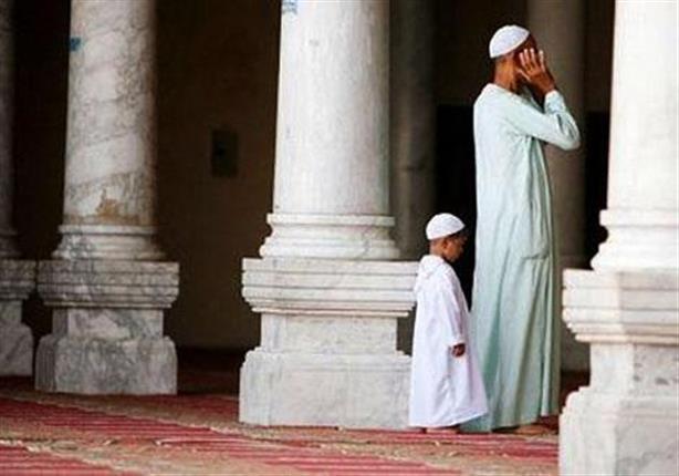 صور رؤية شخص يصلي في المنام , تفسير حلم رؤية شخص