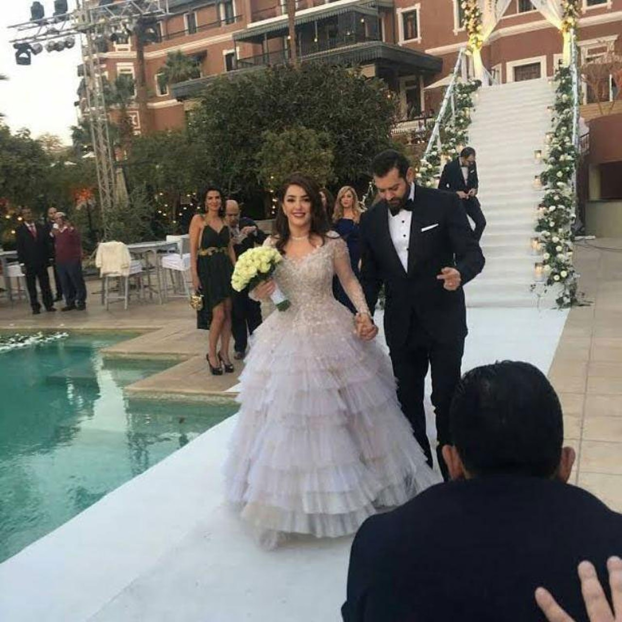 بالصور صور عرسان حلوه , اجمل صور للعروسين 3522 9