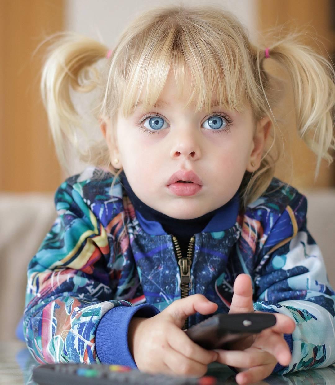بالصور عيون زرقاء , صور لاجمل العيون الملونة 3586 9