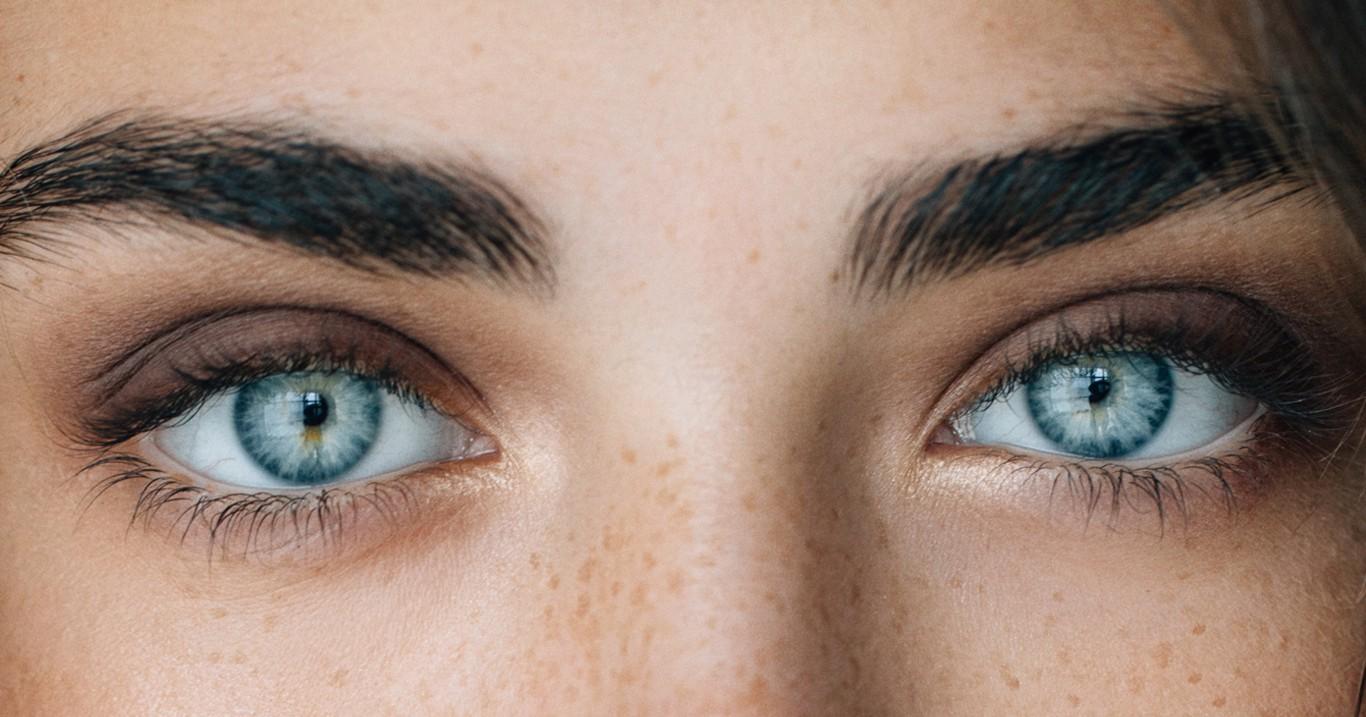 بالصور عيون زرقاء , صور لاجمل العيون الملونة