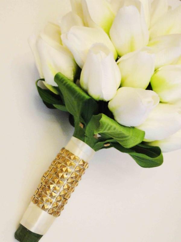 صورة باقات زهور , اجمل بوكيهات الورد التى تحتاجها العرائس 6561 4
