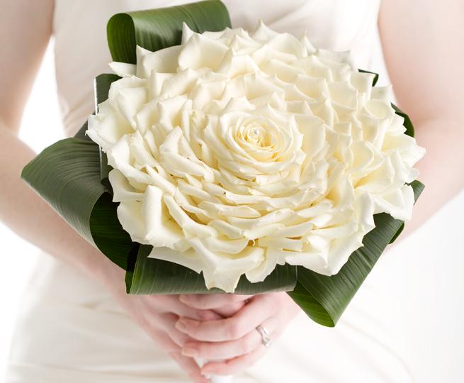 صورة باقات زهور , اجمل بوكيهات الورد التى تحتاجها العرائس 6561