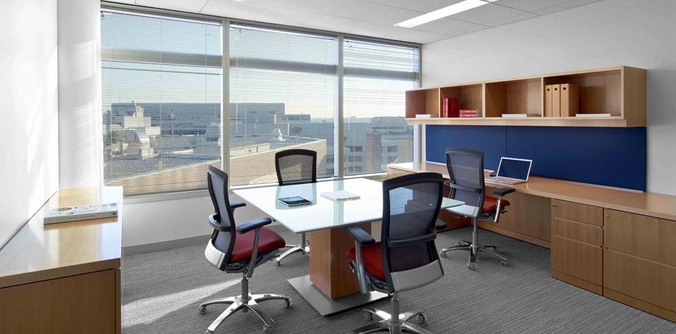 بالصور ديكورات مكاتب , اشكال مكاتب مصممه بشكل رائع 6577 5