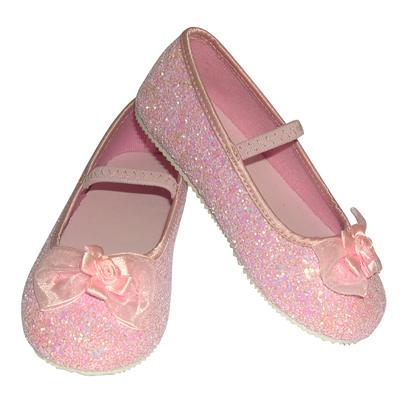 بالصور احذية اطفال بنات , كيف تختارين حذاء طفلك ليتناسب معه 6614 2