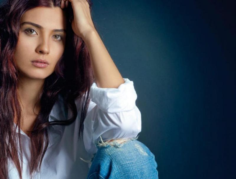 صور اجمل ممثلة تركية , من هي ملكة جمال ممثلات تركيا