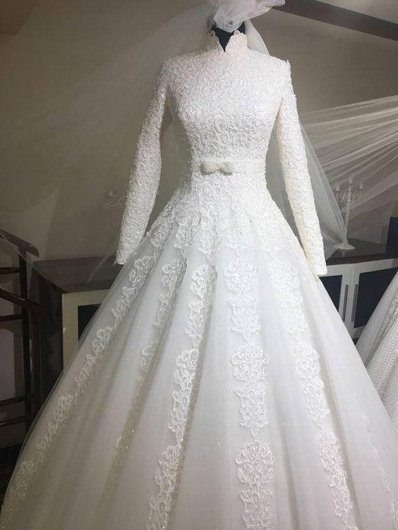 بالصور فساتين زفاف محجبات , ارقي فساتين ليلة العمر للعرائس المحجبات 2075 14