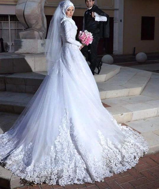 بالصور فساتين زفاف محجبات , ارقي فساتين ليلة العمر للعرائس المحجبات 2075 5