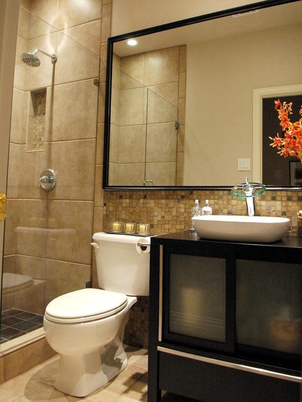 بالصور ديكورات حمامات صغيرة جدا وبسيطة , شاهد تصميمات تتميز بالبساطة للحمامات الضيقة 2467 16
