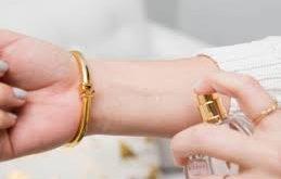 بالصور كيف احافظ على لون الاكسسوارات الذهبية , اكبر مده للاحتفاظ بلون الاكسسورات الذهبيه 12317 12 259x165