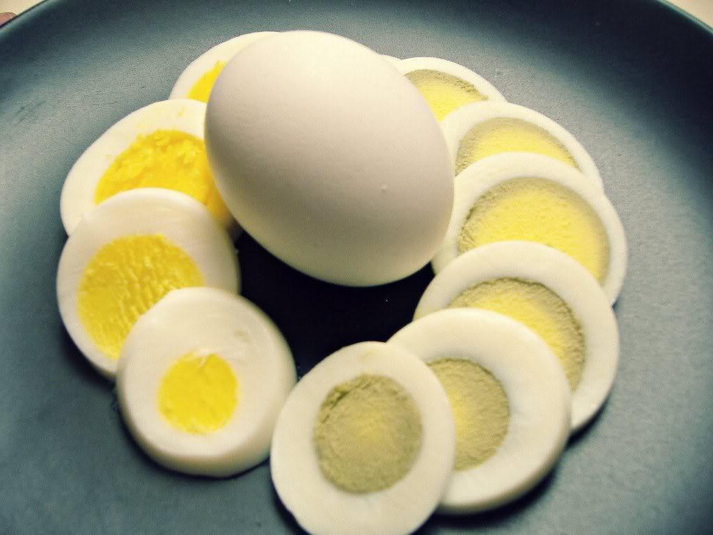 صور كم دقيقة لسلق البيض , كم يستغرق سلق البيض
