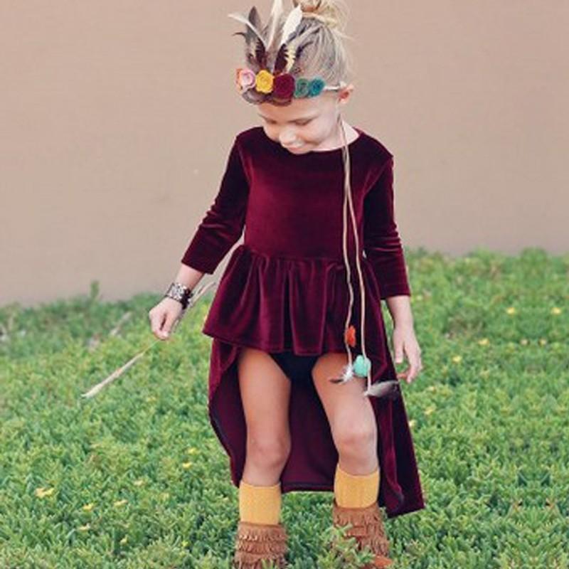 صورة فساتين قطيفة للاطفال , الفساتين موضة 2019