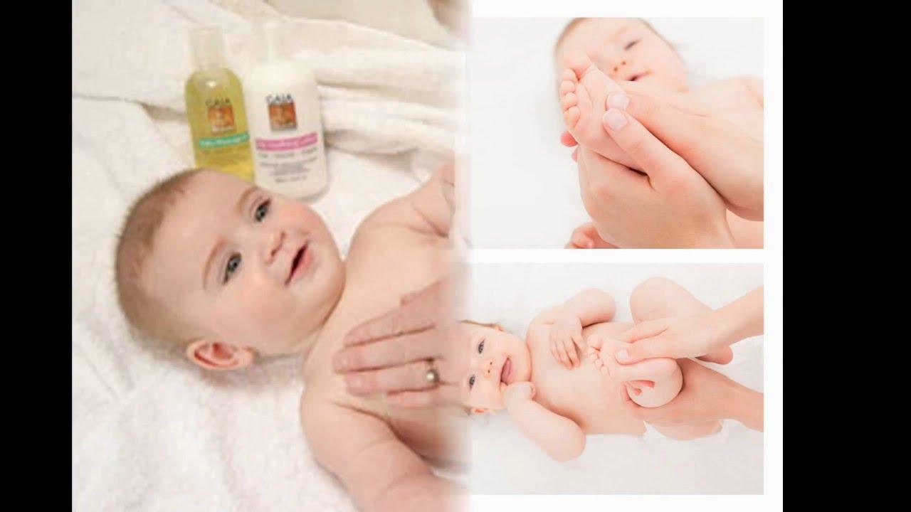 صور كيفية التخلص من الغازات عند الرضع , عمل حمام دافئ للطفل