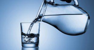 صورة معدل شرب الماء , احد اسرار بقاء الانسان