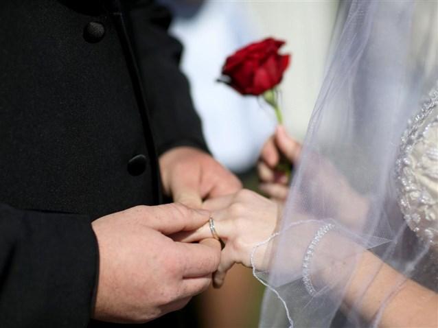 صور تفسير حلم الزواج للمتزوجه من زوجها , تفسيرات احلام الزفاف